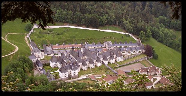 Slowenien, Karthause Luftaufnahme, Quelle: http://www.kartuzija-pleterje.si
